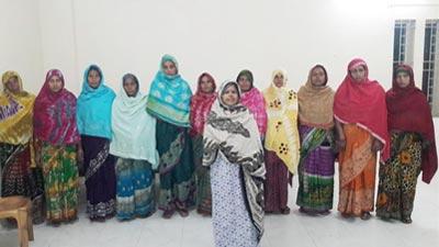 গোপন বৈঠক থেকে জামায়াতের ১২ নারীকর্মী আটক