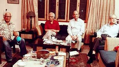 জন্মদিনে বিরল আড্ডায় মাতলেন ওয়াহিদ উদ্দিন মাহমুদ