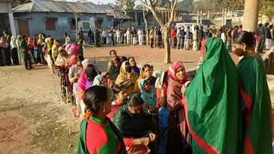 ২৪ উপজেলা-ইউপি-পৌরসভায় চলছে ভোট