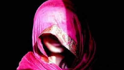 স্বপ্নে স্বামীকে দেখে স্ত্রী ৩ মাসের অন্তঃসত্ত্বা