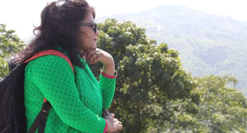 ফেসবুকে 'মৃত্যু তুমি আমাকে কষ্ট দিয়ো না' লিখে নারীর আত্মহত্যা