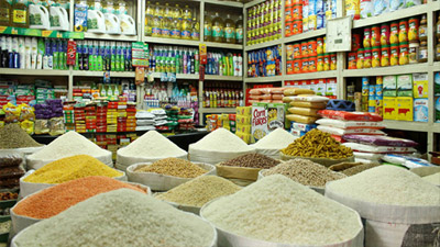 রোজার কেনাকাটায় উপচেপড়া ভিড়, তছনছ সামাজিক দূরত্ব