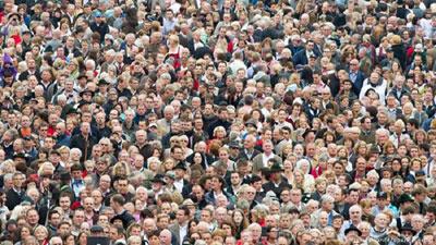 ২০৫০ সালে বিশ্বের জনসংখ্যা হবে ৯৭০ কোটি