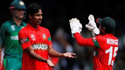 নতুন চমকে পাকিস্তানের বিপক্ষে টি-২০ দল ঘোষণা