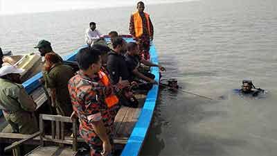 সুন্দরবনে টহলরত বনরক্ষী নদীতে পড়ে নিখোঁজ