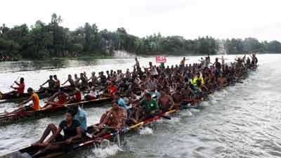 চিত্রা নদীতে 'এস এম সুলতান নৌকাবাইচ' আজ