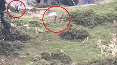 কাশ্মির সীমান্তে প্রচণ্ড গোলাগুলিতে ২ পাকিস্তানি সেনা নিহত