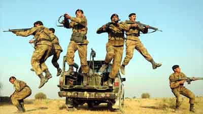পাকিস্তানে ব্যাপক সংঘর্ষ, ৭ সেনা নিহত