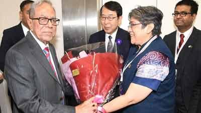 নতুন সম্রাটের অভিষেক যোগদিতে টোকিও রাষ্ট্রপতি