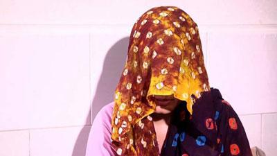 কলেজছাত্রীকে একাধিকবার ধর্ষণ করে ধরা ছাত্রলীগ নেতা