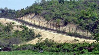 করোনা আক্রান্ত দেড় শতাধিক রোহিঙ্গা বাংলাদেশে অনুপ্রবেশের চেষ্টা