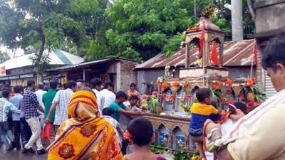 ১১৬ বছরের ঐহিত্যবাহী রথযাত্রায় মিলন মেলা