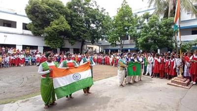 ভারতের স্বাধীনতা দিবসে বাজলো বাংলাদেশের জাতীয় সংগীত