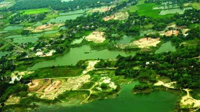 বঙ্গবন্ধু আন্তর্জাতিক বিমানবন্দর আড়িয়ল বিলেই হোক