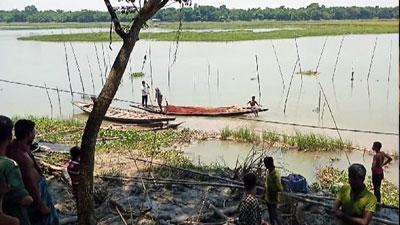 প্রভাবশালীদের দখলে কাশিয়ানীর 'মধুমতি বাওড়'