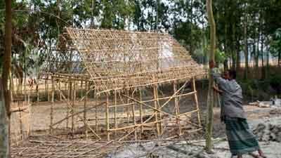 ঠাকুরগাঁওয়ে গৃহবধুর বসতবাড়ি ভাংচুরের অভিযোগ