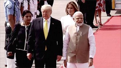 ভারত পৌঁছেছেন ডোনাল্ড ট্রাম্প