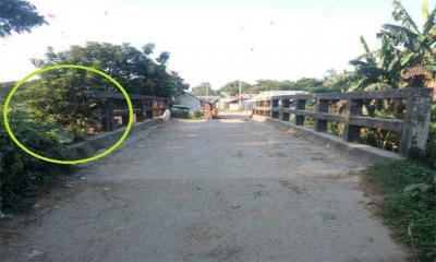 ভুঁইয়ার বাজার লংকা-পাটেশ্বরী নদীর উপর ঝুঁকিপূর্ণ সেতু