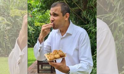 ফুচকার স্বাদে আত্মহারা ব্রিটিশ ডেপুটি হাইকমিশনার