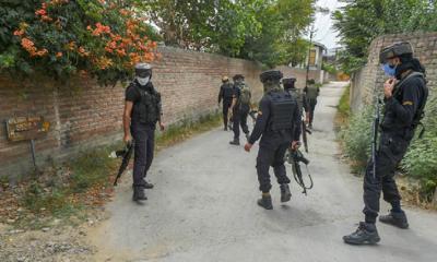 কাশ্মিরে বিদ্রোহীদের গুলিতে দুই ভারতীয় সেনা নিহত