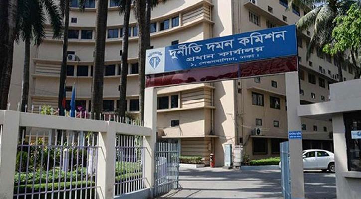 'ভুয়া সনদে' ৩০ বছর সরকারি চাকরি, অতঃপর...