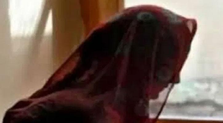 স্ত্রী বাবার বাড়ি, মাঝরাতে পুত্রবধূকে ধর্ষণ করল শ্বশুর