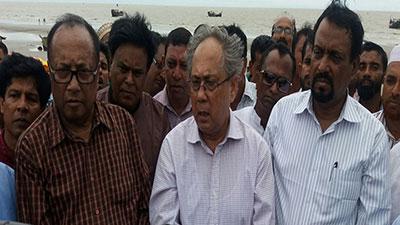 'সৈকতের ভাঙ্গন রোধে টেকসই বাঁধ নির্মাণ হবে'