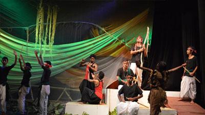 শিল্পকলার মঞ্চে 'অচীন দ্বীপের উপাখ্যান'