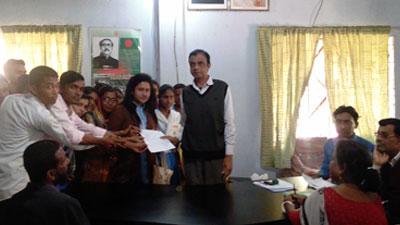 ৩২ বছর শহীদ মিনারবিহীন জামালগঞ্জ ডিগ্রী কলেজ