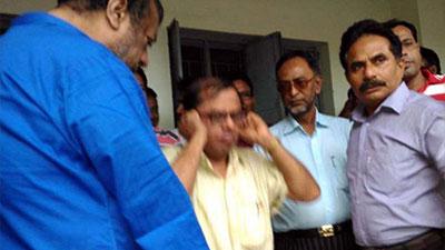 নারায়নগঞ্জে শিক্ষক লাঞ্ছনার তদন্ত প্রতিবেদন জমা