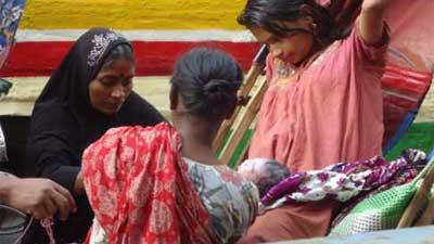 উন্মুক্ত স্থানে প্রসব: চিকিৎসক ও নার্সকে তলব