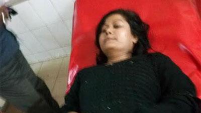 লক্ষ্মীপুরে কলেজ ছাত্রীকে কুপিয়ে হত্যার চেষ্টা