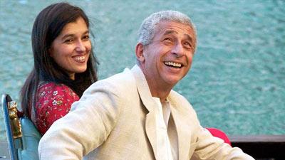স্ত্রী-কন্যাসহ ঢাকায় এলেন নাসিরুদ্দিন শাহ