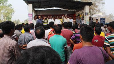 বাসচালকের সাজা: চুয়াডাঙ্গায় পরিবহন ধর্মঘট অব্যাহত