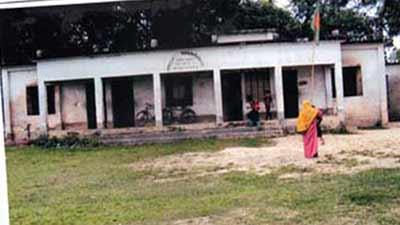 দেবিদ্বারে শিক্ষক সংকটে বেহাল প্রাথমিক শিক্ষা