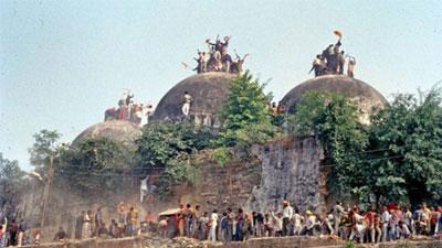 বাবরি মসজিদ নিয়ে সমঝোতা চায় ভারতীয় সুপ্রিম কোর্ট