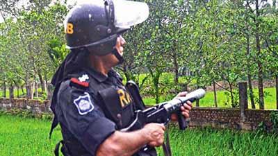 রাত পোহালেই 'বড়হাট' জঙ্গি  আস্তানায় অভিযান
