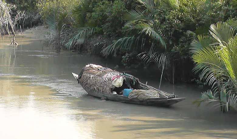 সুন্দরবনে মাছ আহরন দু'মাস বন্ধ