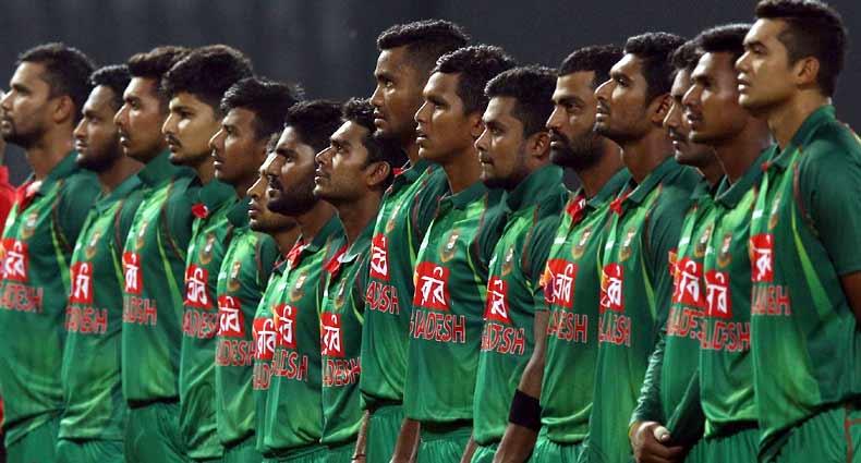 ভারতের বিপক্ষে কালো ব্যাজ পরে নামবে মাহমুদউল্লাহরা