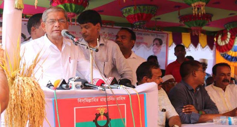 'আইন মন্ত্রণালয়ের নির্দেশে খালেদা জিয়াকে আটকে রাখা হয়েছে'