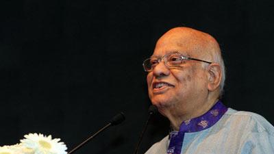 'আমাদের অর্থনীতিকে ধ্বংস করতে চাইছে মিয়ানমার'