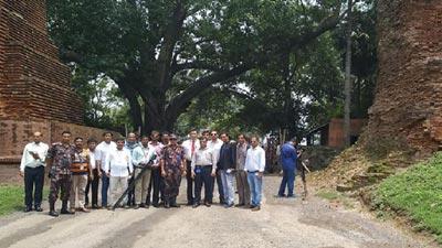 সোনামসজিদ স্থলবন্দরে পরিদর্শন ভারতীয় সাংবাদিক প্রতিনিধি দল