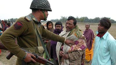 বাংলাদেশের হিন্দুদের নাগরিকত্ব দিচ্ছে ভারত