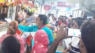 নৌকায় ভোট চাইলেন মনোনয়ন প্রত্যাশী রাব্বানী