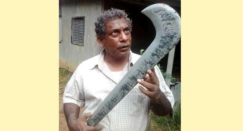 'দানব' মোশাররফ করিম