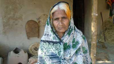 ৪৬ বছর পেরিয়ে গেলেও বীরাঙ্গনার স্বীকৃতি পায়নী হামিদা বেওয়া