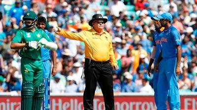 ভারতকে ৩৩৯ রানের ফাইনাল চ্যালেঞ্জ পাকিস্তানের