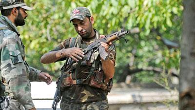 কাশ্মীরে ৫ বিচ্ছিন্নতাবাদীকে হত্যা করল ভারতীয় বাহিনী