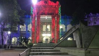 'অদম্য তের বছর' স্লোগানে জবি দিবসে বর্ণাঢ্য আয়োজন