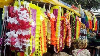 রাজধানীতে কোরবানি ঘিরে রমরমা মৌসুমি ব্যবসা